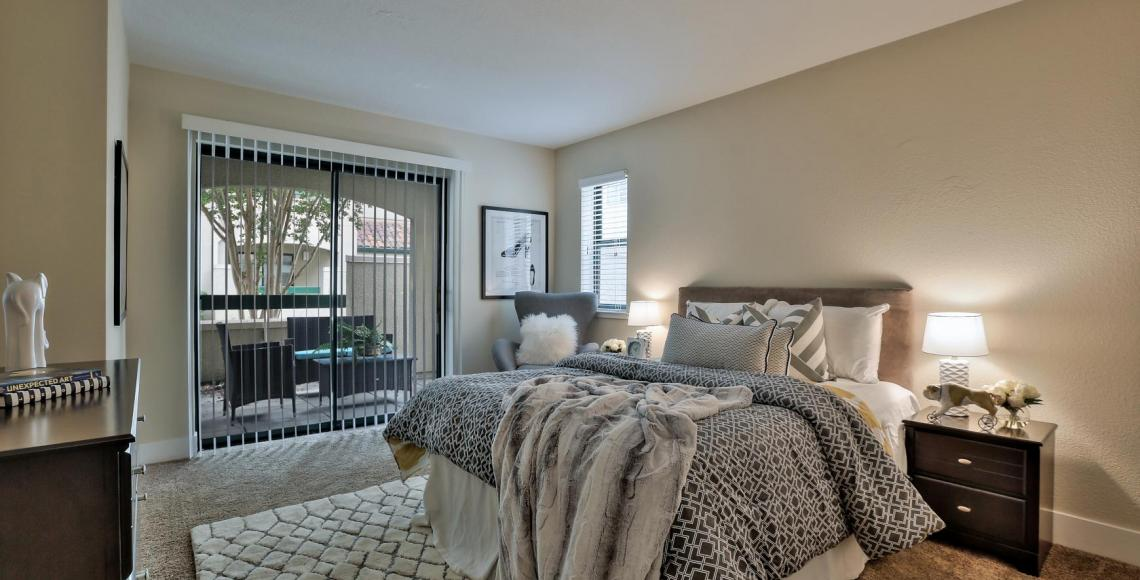 Staged 2x2, Master Bed Room